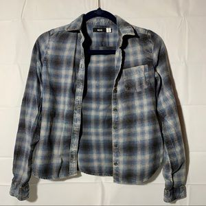 BDG washed out distressed fitted flannel crop